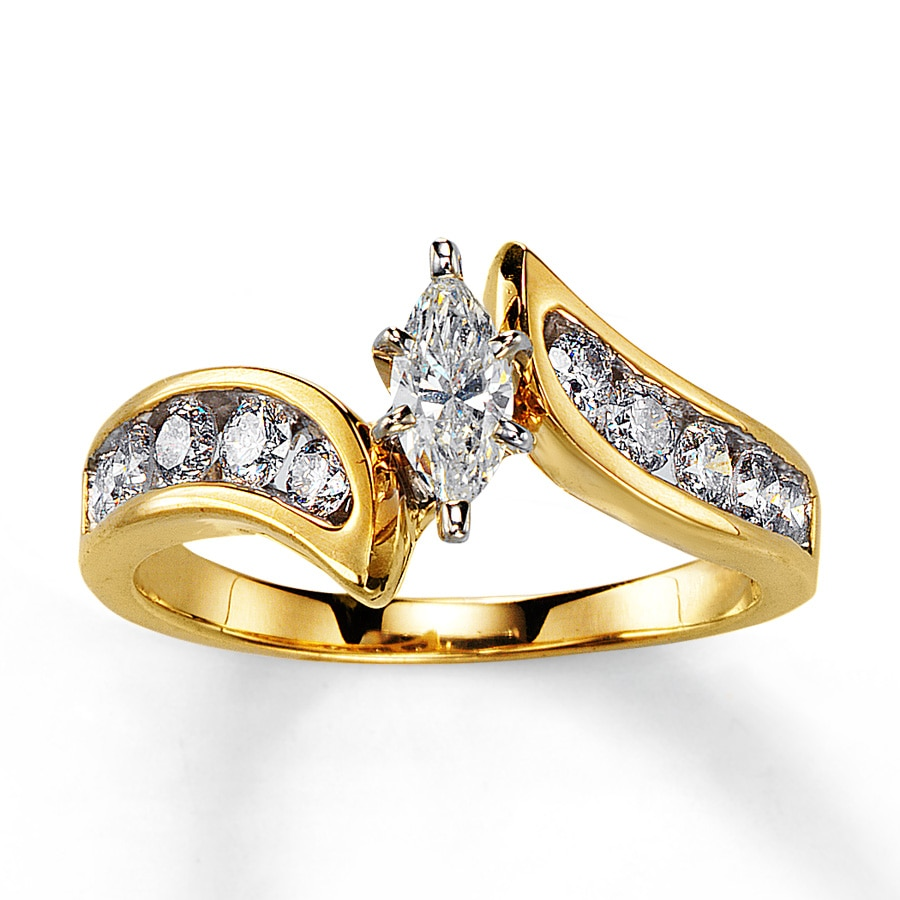Marquise Cut Diamond Yellow Gold Ring