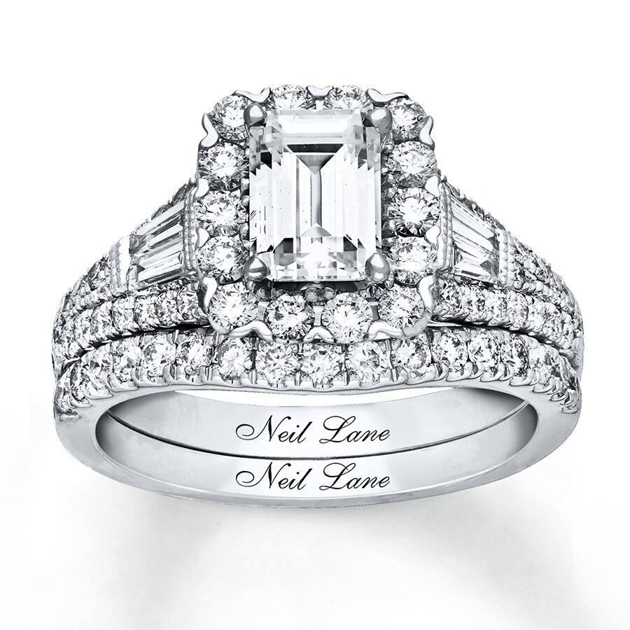 t cut emeraldcut lane diamond emerald neil gold frame ct v w tw p white ring engagement bridal ae collection